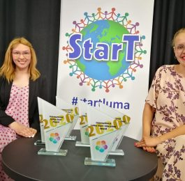 StarT gala 2020 hosts Vilma Laiho and Veera Sinikallio