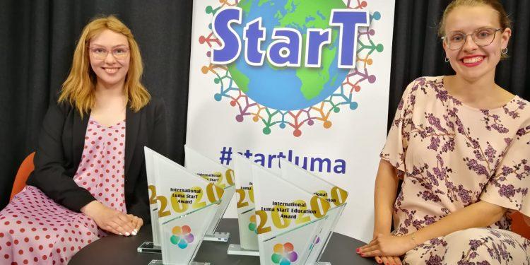 StarT gaalan 2020 juontajat Vilma Laiho sekä Veera Sinikallio.